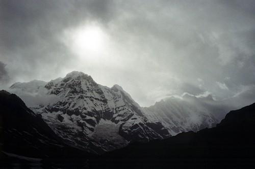 Nori peste Annapurna, foto Marius